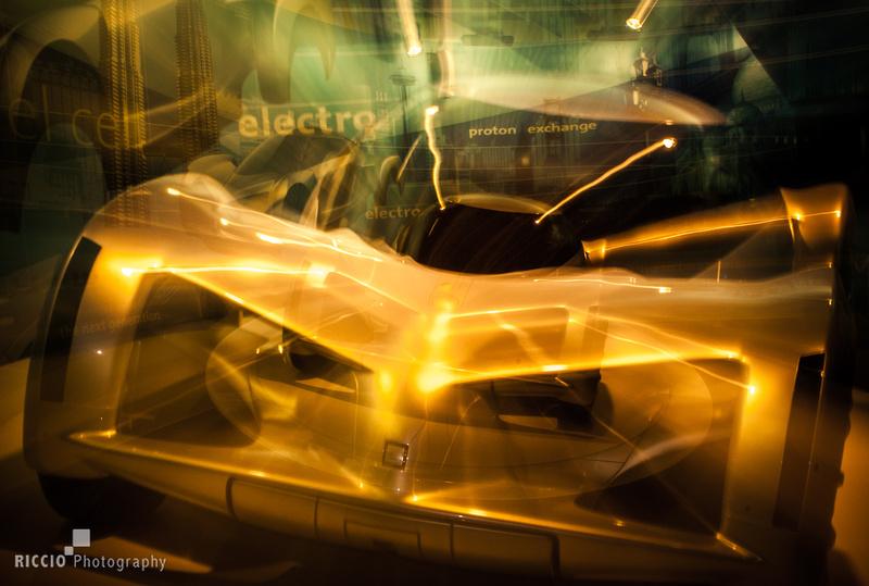 futuristic car photographed by Maurizio Riccio