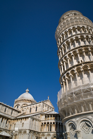 Leaning tower of Pisa 039-15